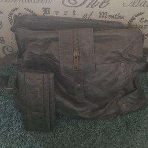 Mat & Nat Handbag w/matching wallet